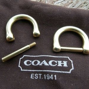 Coach Replacement Brass D-Rings (2)